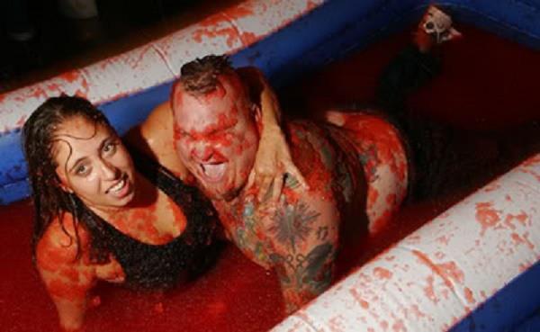 jelly wrestling.jpg