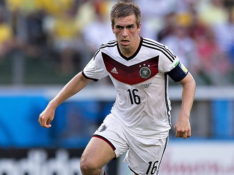 lahm_ball-1403536417_zoom46_crop_800x600_800x600+15+175.jpg