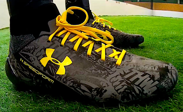 UA Batman Speedform CRM